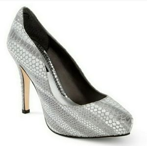 WHBM Silver Snakeskin Leather Heels Size 7